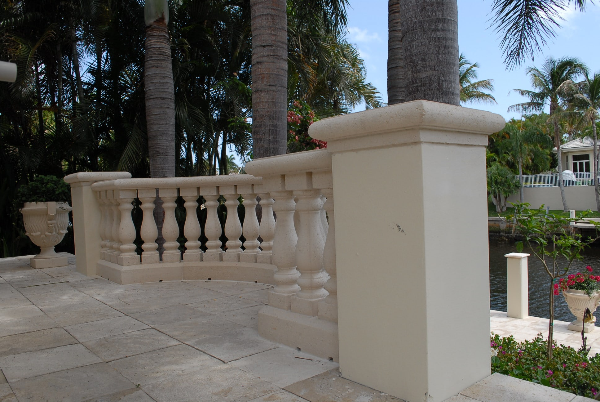 balusters 23